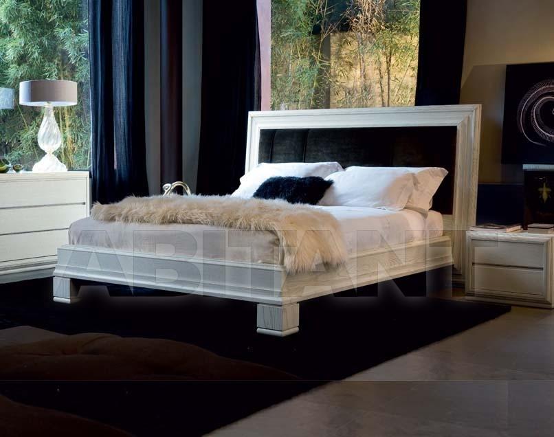 Купить Кровать Bruno Piombini srl Etro 8591