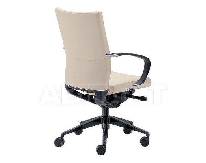 Купить Кресло Tecnoarredo srl Poltrone Direzionali THU163