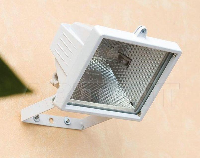 Купить Фасадный светильник Faro Outdoor 2013 70040B