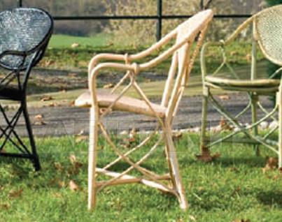 Купить Стул с подлокотниками Frigerio Carlo Rattan Living SUPERLIGHT armchair in natural rattan