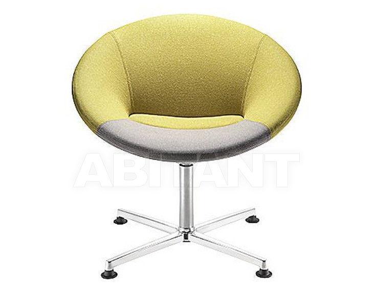 Купить Стул с подлокотниками Connection Seating Ltd 2012 MBU1E