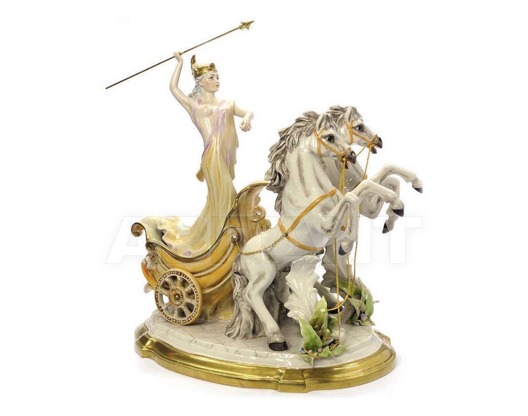 Купить Статуэтка THE CHARIOT Villari Capodimonte T.01789-002