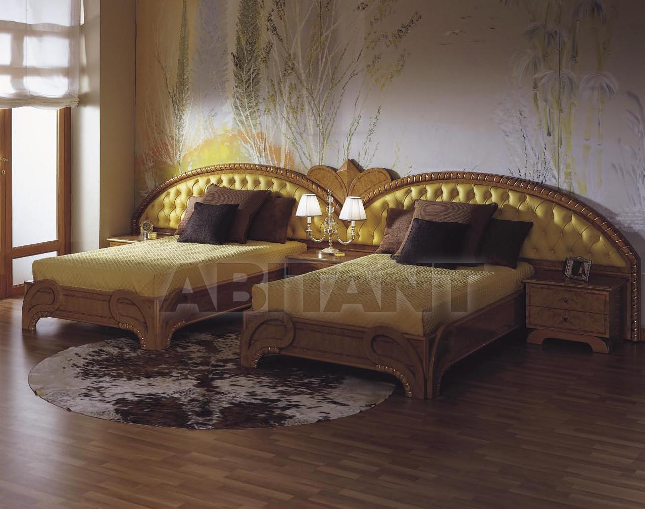 Купить Кровать ZINNIA Asnaghi Interiors Bedroom Collection CR113