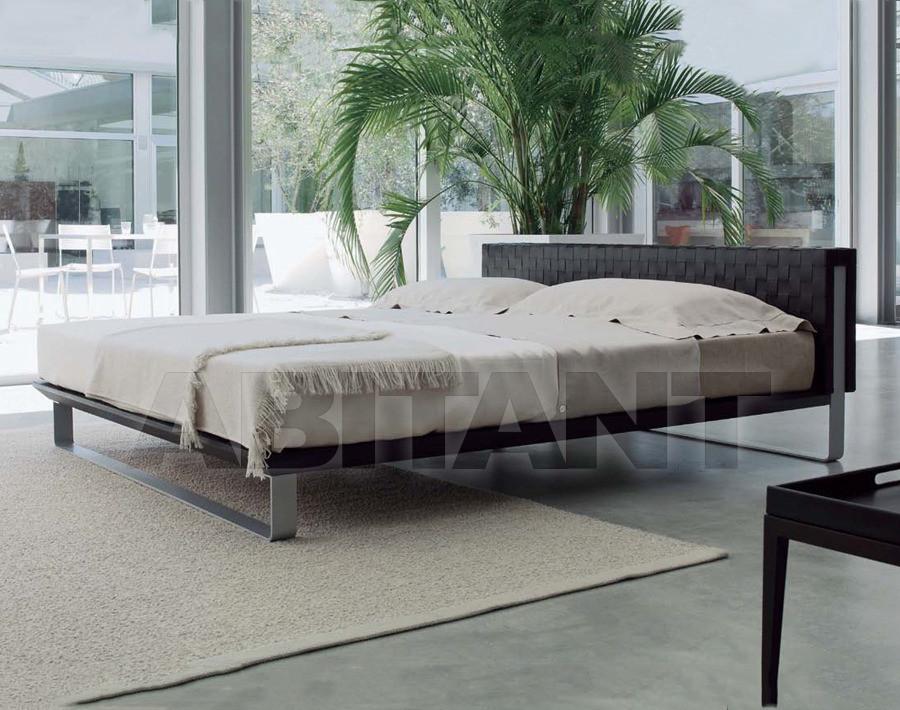 Купить Кровать Millennium 180 Pierantonio Bonacina  In Door Out 58720M