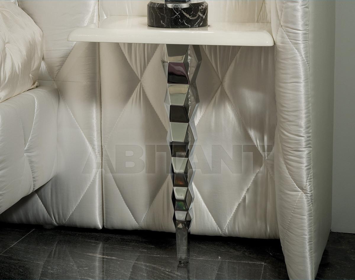 Купить Столик приставной Ipe Cavalli Visionnaire ADLER_BEDSIDE_TABLE