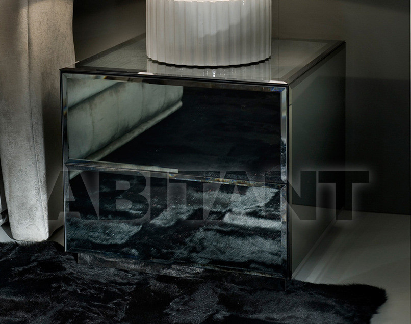 Купить Тумбочка Ipe Cavalli Visionnaire TITUS_BEDSIDE_TABLE