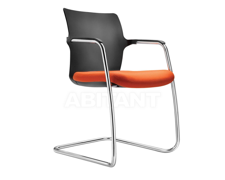 Купить Стул с подлокотниками One Connection Seating Ltd Task & Meeting MON1c