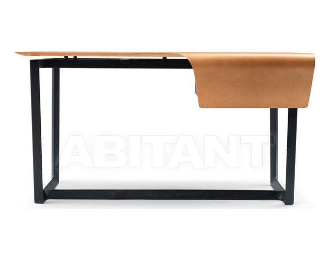 Купить Стол письменный Fred Poltrona Frau Casa Export Mi 2011 5541701