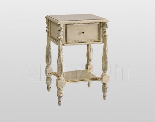 Купить Столик приставной PAOLINA Volpi Sedie e Mobili imbottiti s.r.l. Classic Living 2621