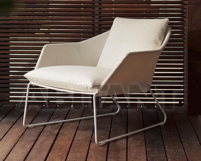 Купить Кресло для террасы New York Saba Italia  Milano 2016 08NYPO50